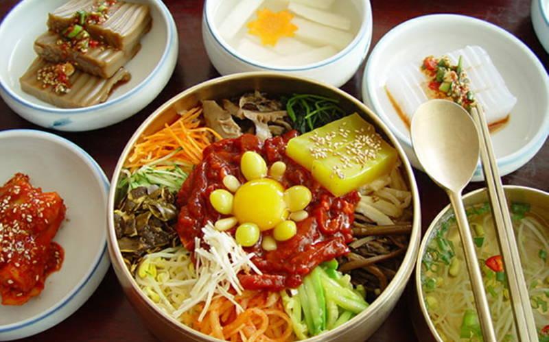 Korelilerin yeme alışkanlıkları nasıldır?