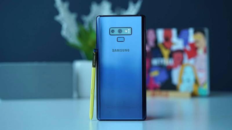 Samsung Galaxy Note 9 tanıtıyor