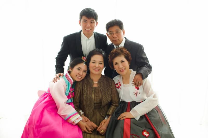 Koreli yaşlılar aileleriyle beraber yaşamak istemiyor