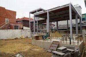 Daegu'daki caminin inşaatı,